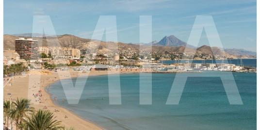 Bohemian Flat with Fantastic Mediterranean Views, El Campello