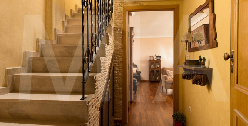 Desirable Duplex Apartment in the Suburbs of Alicante