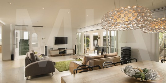 Modern Mediterranean House in the heart of Campello