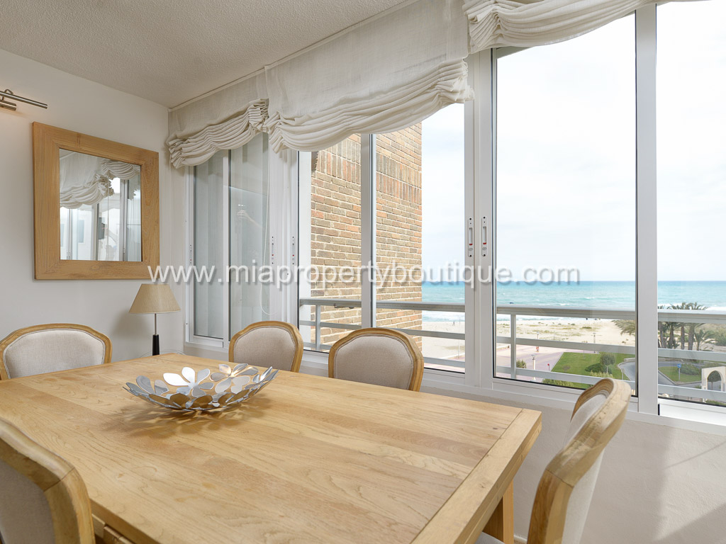 Front Sea Rarely Available Flat with Idyllic Views in Campello