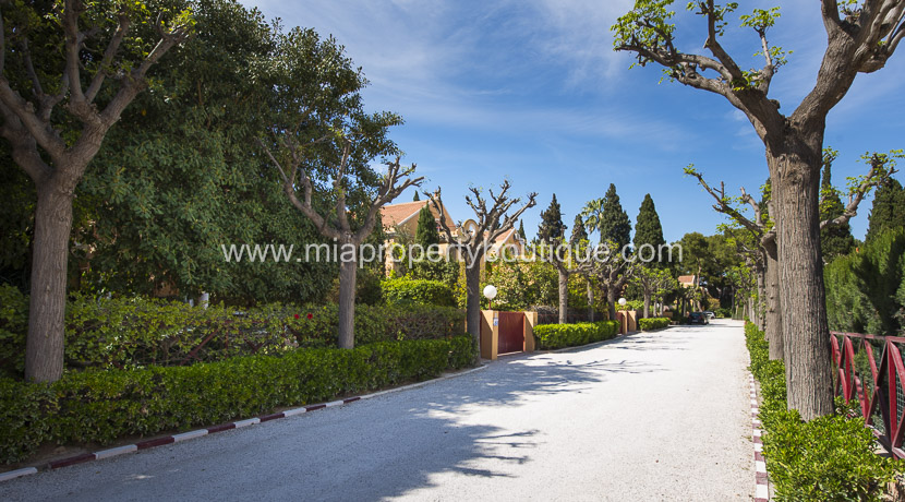 vista hermosa private urbanization chalet for sale
