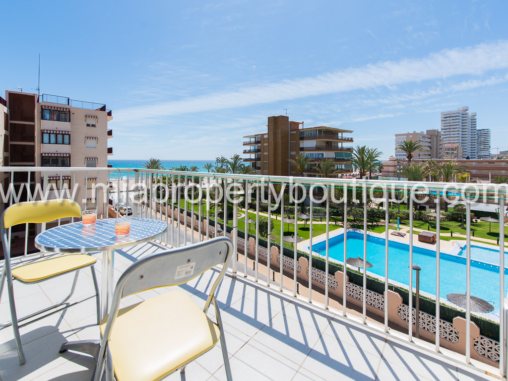 A summer Apartment with Beach Views, Playa San Juan
