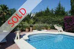 los girasoles sold chalet