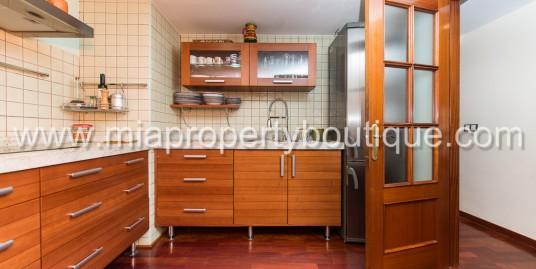 Nice and comfortable 3 bedrooms flat in heart of Gran Via