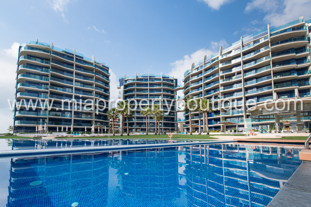New luxury 2 bed apartments in Punta Prima, Torrevieja (Alicante)