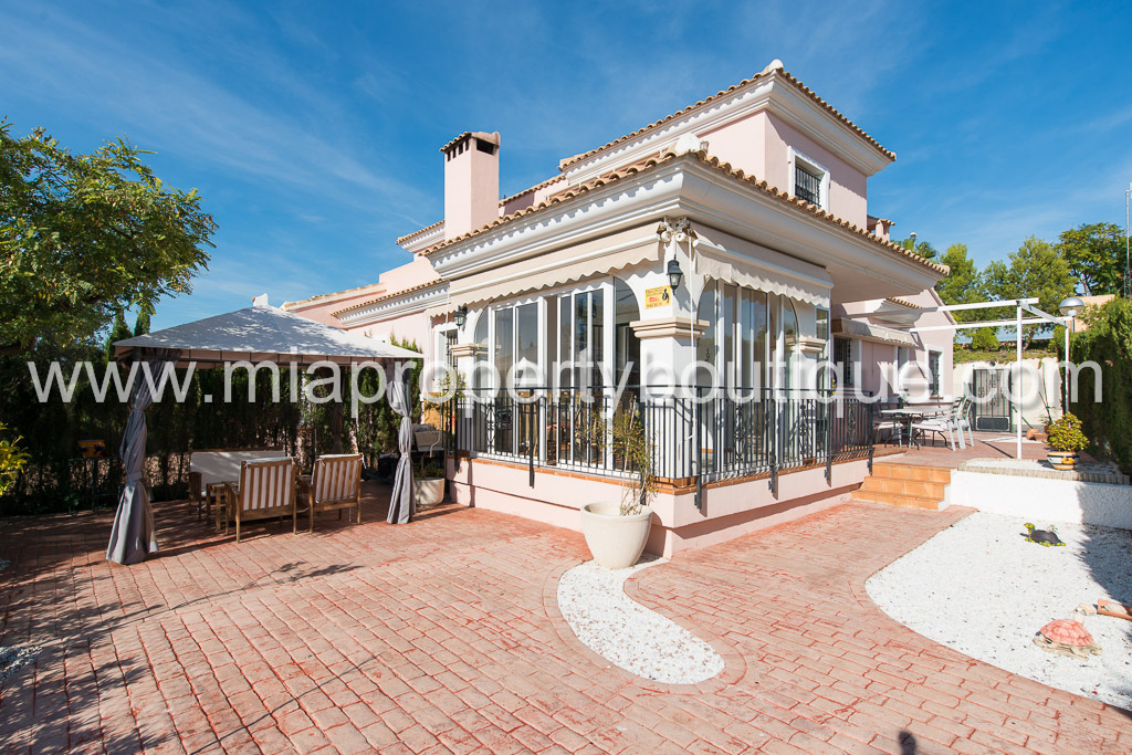 Cozy semi-detached villa in Bonalba Golf Resort