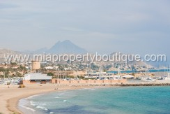 el campello first line apartment for sale