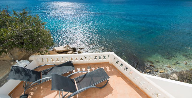 Magnificent Sea Front Villa in Coveta Fuma, Campello