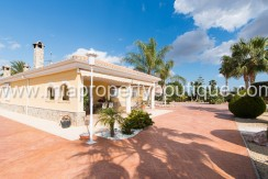 chalet for sale elche la perleta