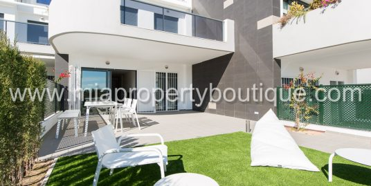 Sea & Dunes Seafront Apartment, Arenales del Sol