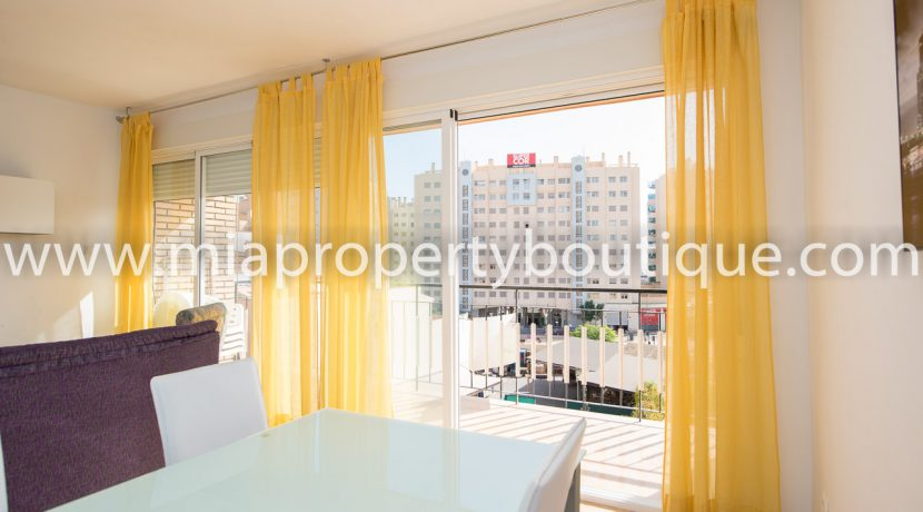 el-campello-4-bedroom-apartment-town-centre-bargain