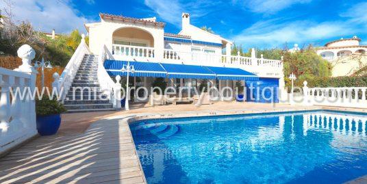 Villa with views to Private Beach, Costa Blanca