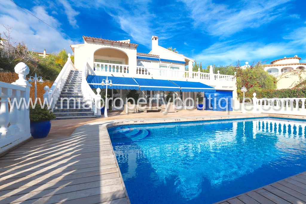Villa with views to Private Beach, Costa Blanca