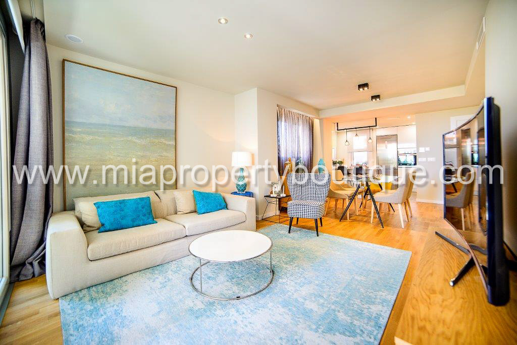Sea and Park Life! in Modern Apartment, Campello