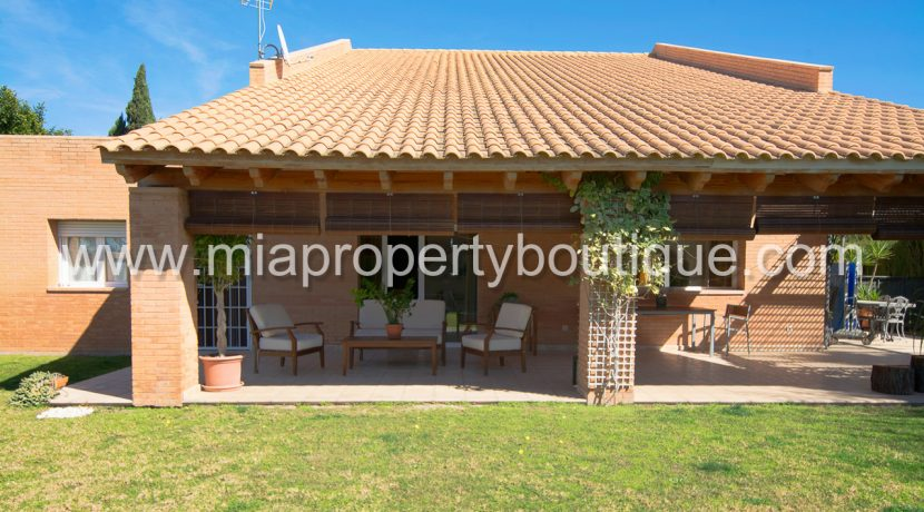 mutxamel 4 bedroom villa for sale alicante