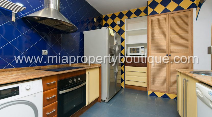 alicante city centre flat for sale