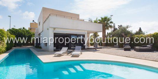 Modern Holiday Rental Villa. La Font, El Campello