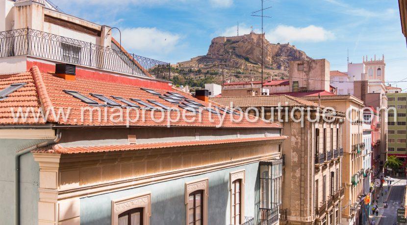 alicante city center flat for sale