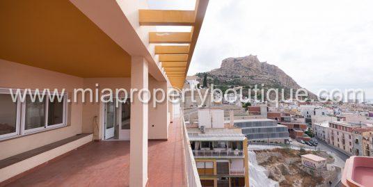 Unbeatable penthouse apartment in Alicante