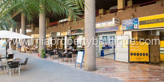 Spacious City Flat for Renovation, Alicante!