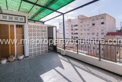 alicante city center apartment with terrace for sale