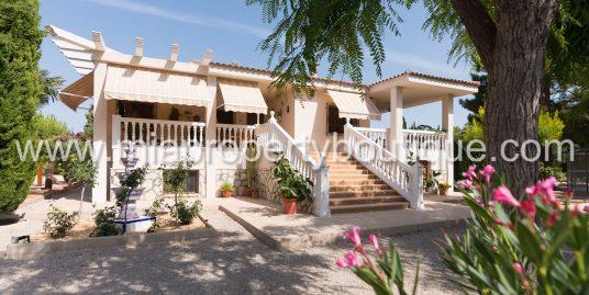 Spectacular detached villa with Fairytale Garden, San Vicente, Alicante
