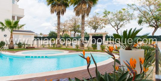 Holiday Rental Apartment with lovely Pool, Sant Joan d'Alacant