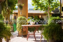 los girasoles alicante villa for sale