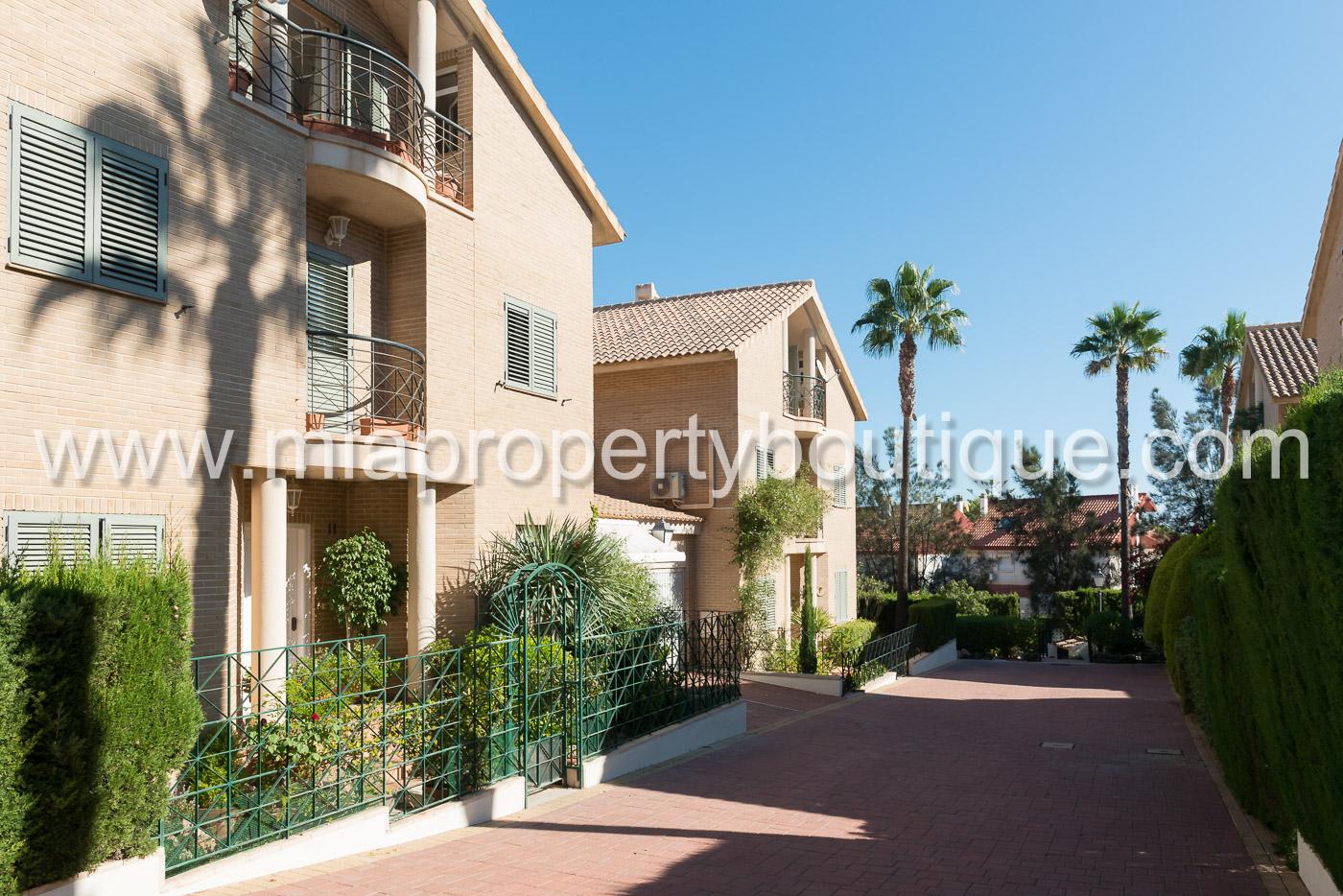 Glorious Detached Villa in Exclusive Cabo Huertas