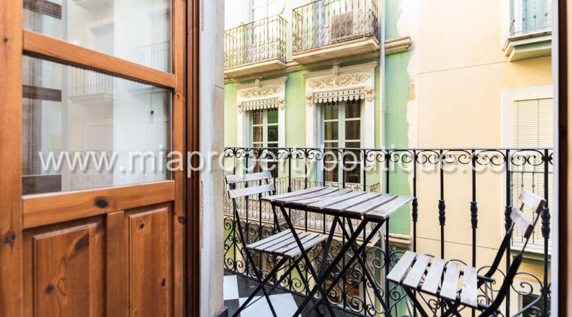 alicante city centre one bedroom flat for sale-14