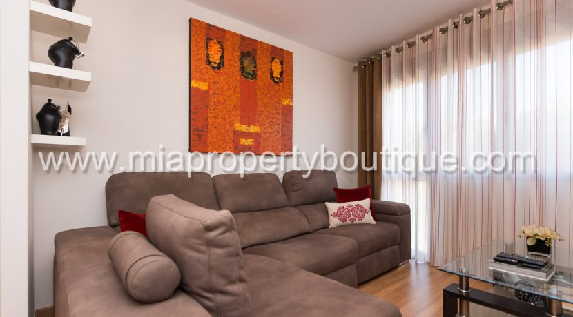alicante city centre apartment for sale-8
