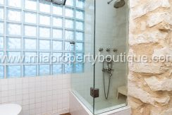 alicante city centre penthouse attic for sale with roof terrace