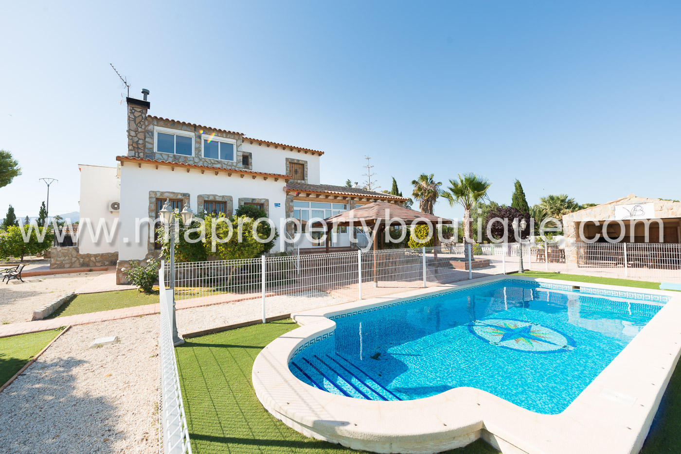 Sensational  Villa, Close to Town   San Vicente