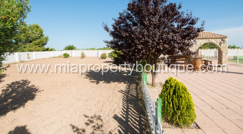san vicente del raspeig country villa for sale-3