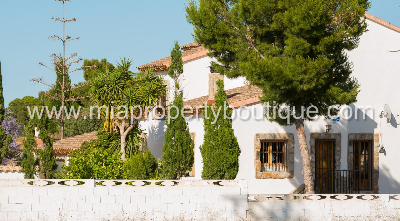 Sensational villa close to town san vicente mia - San vicente de raspeig alicante ...