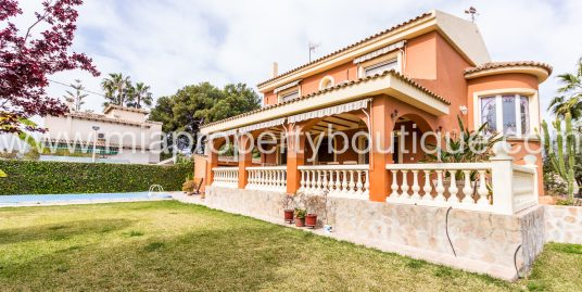 Mediterranean Villa For Sale, La Font