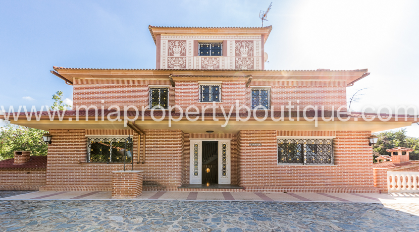 Wonderful Spanish Villa, in the quiet hills of Busot