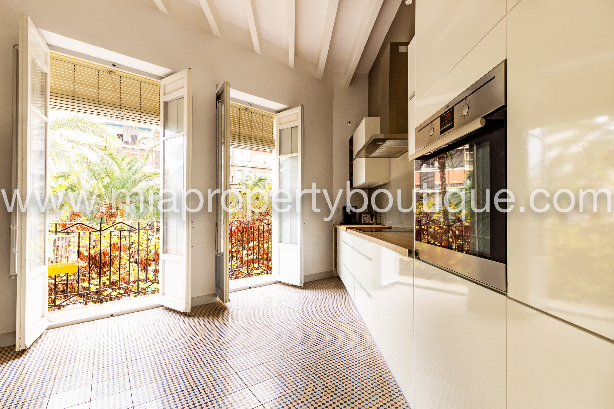 Charming Apartment in the heart of Alicante!