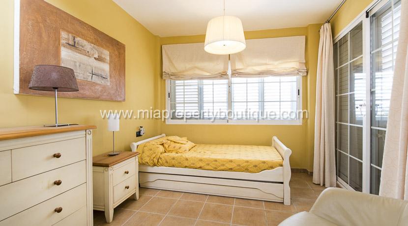 coveta funa stunning villa for rent-16