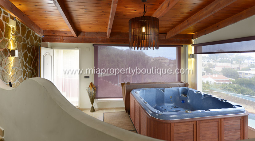 coveta funa stunning villa for rent-18