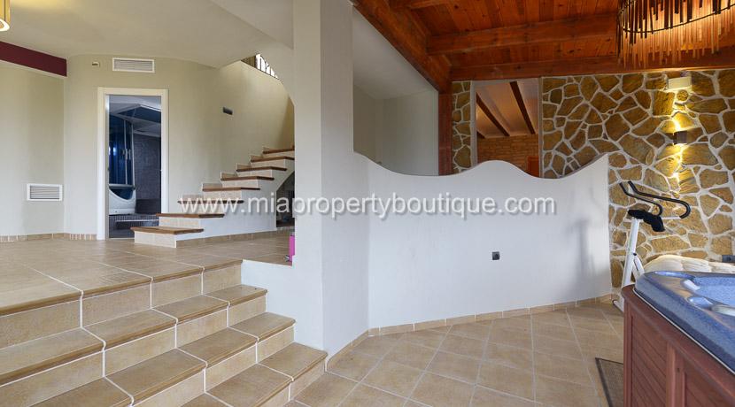 coveta funa stunning villa for rent-21