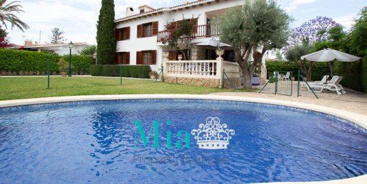 The Most Gorgeous Villa in La Font