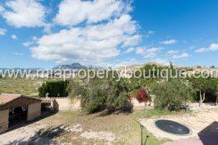 busot villa for sale mountain views-3