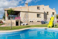 busot villa for sale mountain views-44