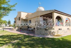 busot villa for sale mountain views-47