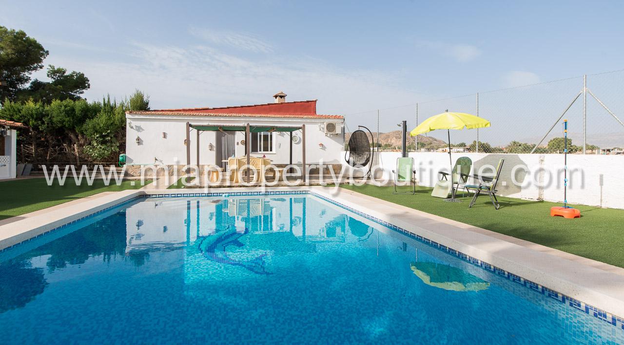 Pretty Villa with Casita, Cañada de Fenollar