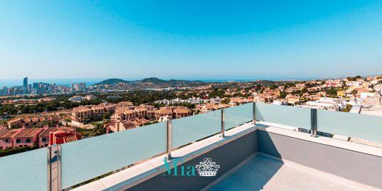 Stunning villa overlooking the Mediterranean Sea!