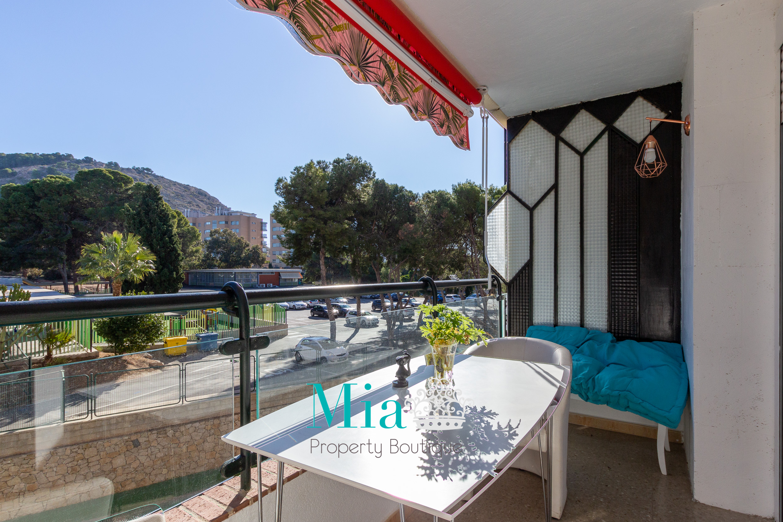 Apartment next to the best Spanish schools in Alicante
