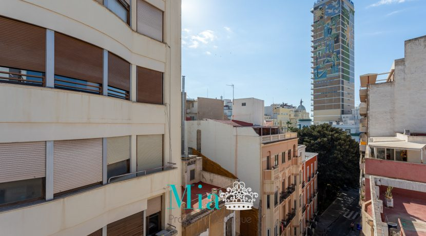28-Calle Bailén,9 - 6º Ref VRV1-2105_