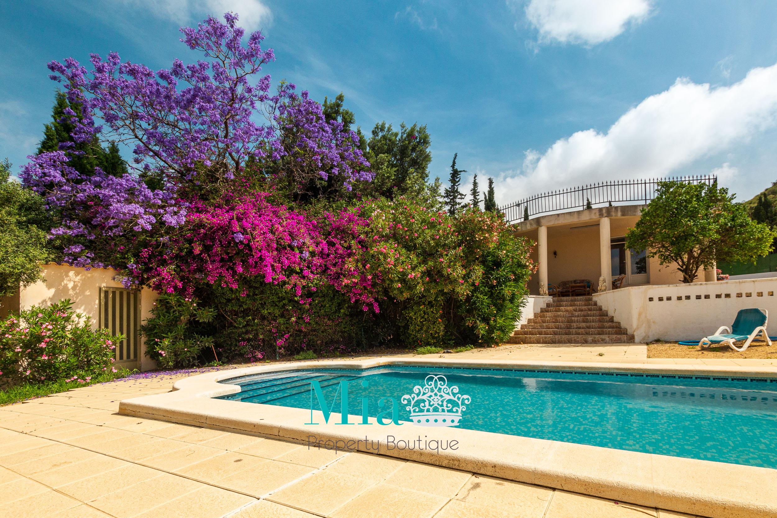 Villa With Beautiful Views, Busot